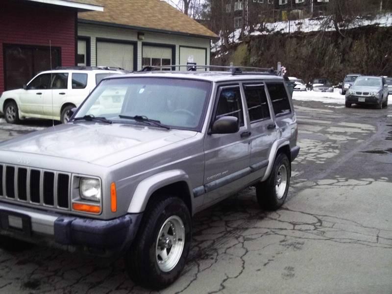 2000 Jeep Cherokee 4dr Sport 4WD SUV - Brattleboro VT