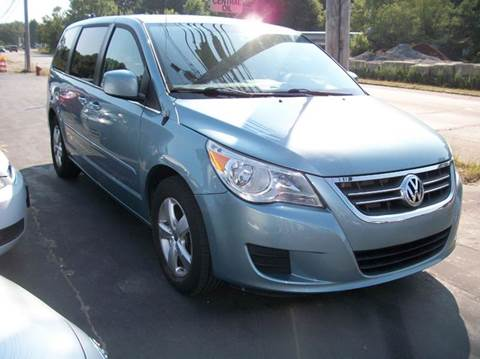 2009 Volkswagen Routan for sale at MATTESON MOTORS in Raynham MA