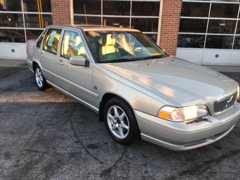 2000 Volvo S70 for sale at Hensley Auto Sales in Frankfort KY