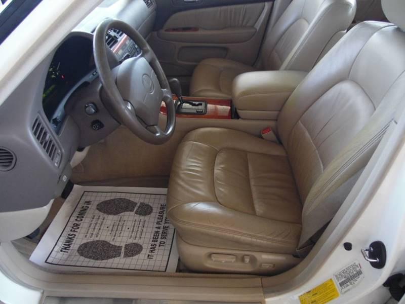 Image 15 of 1998 Lexus LS Base 4dr…