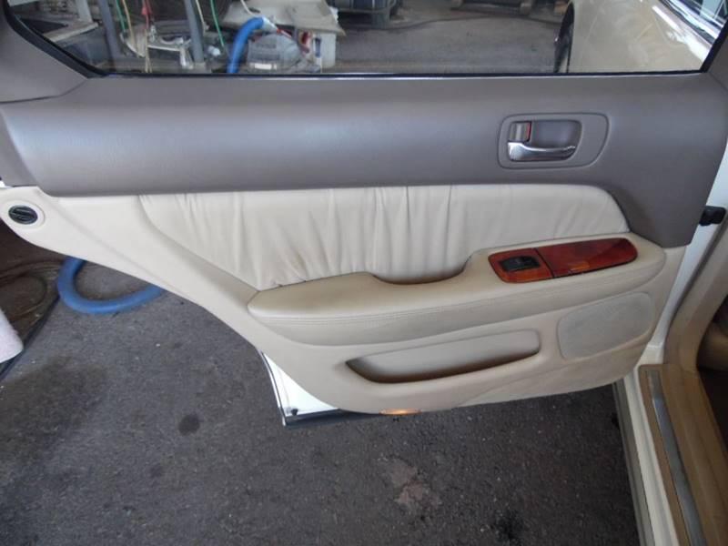 Image 18 of 1998 Lexus LS Base 4dr…