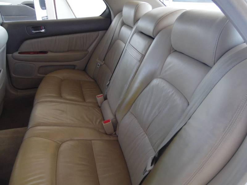 Image 20 of 1998 Lexus LS Base 4dr…