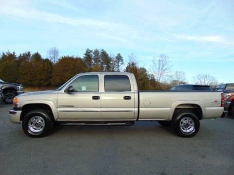 2004 GMC Sierra 2500HD for sale in Locust Grove, VA