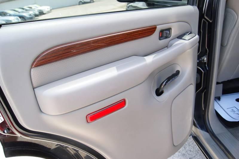 2004 Cadillac Escalade Rwd 4dr SUV - Louisville KY