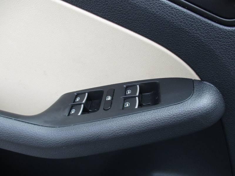 2014 Volkswagen Jetta SE PZEV 4dr Sedan 6A w/Connectivity - El Cerrito CA