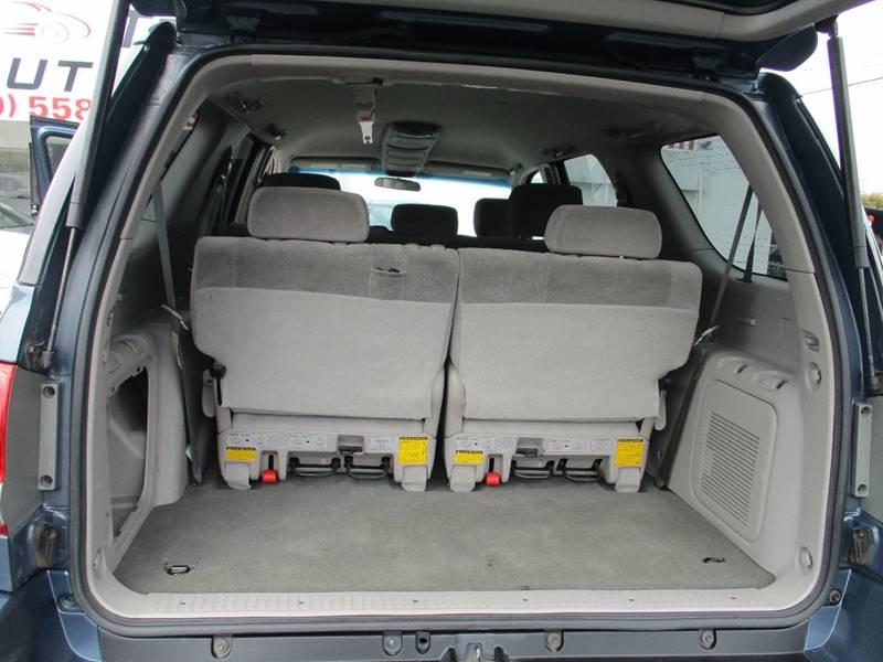 2006 Toyota Sequoia SR5 4dr SUV - El Cerrito CA