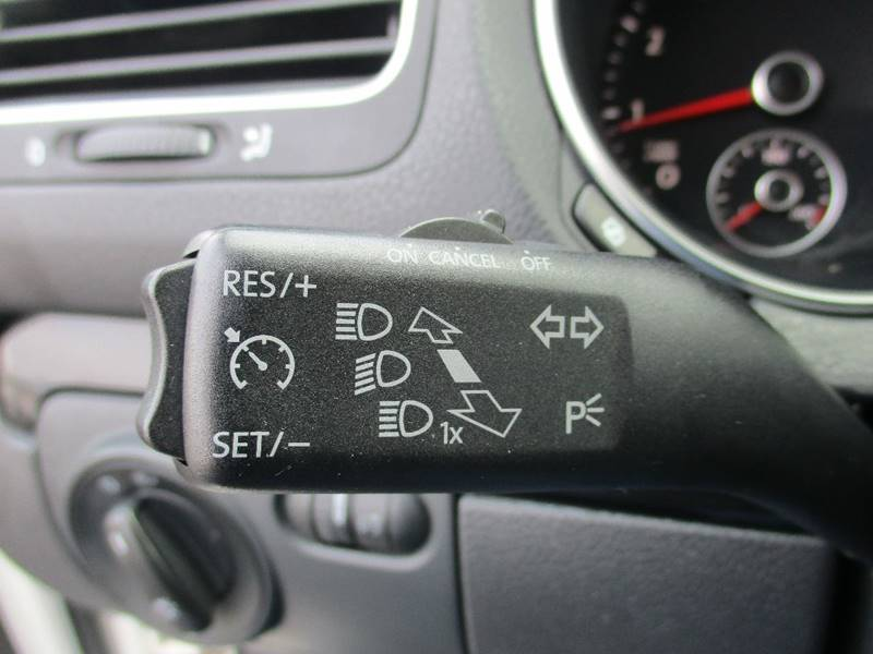 2011 Volkswagen Jetta SportWagen S PZEV 4dr Wagon 6A - El Cerrito CA
