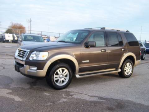 2006 Ford Explorer for sale in Fond Du  Lac, WI
