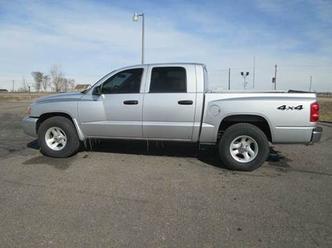 2006 Dodge Dakota for sale at STEVES ROLLIN STONE AUTO SALES in Eaton CO