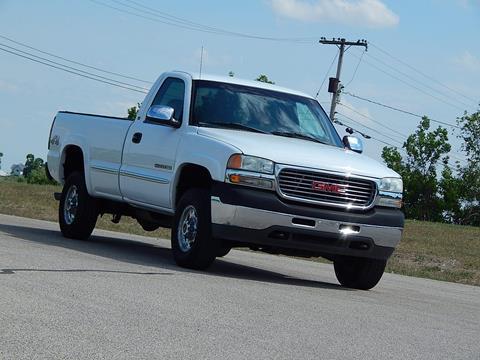 2002 GMC Sierra 2500HD for sale in Sebewaing, MI