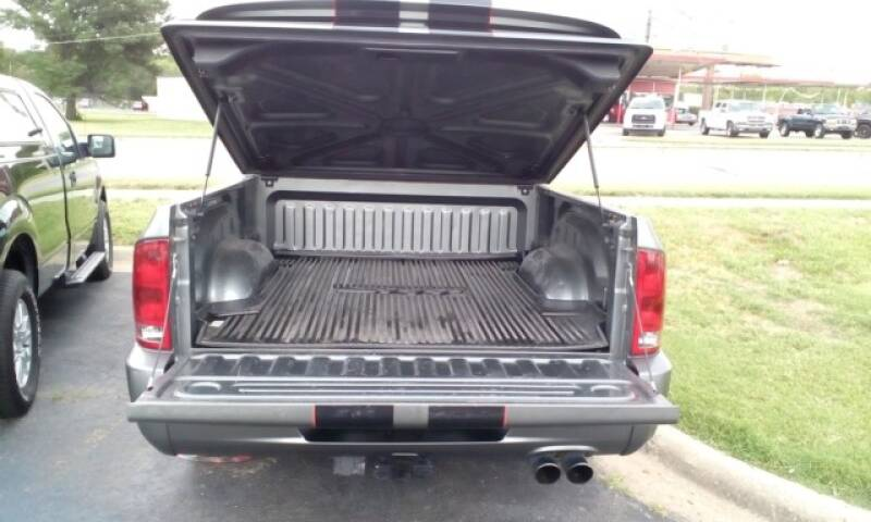 2006 Dodge Ram Pickup 1500 SRT-10 4dr Quad Cab SB - Topeka KS