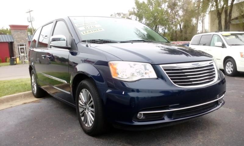 2013 chrysler town and country dashboard warning lights