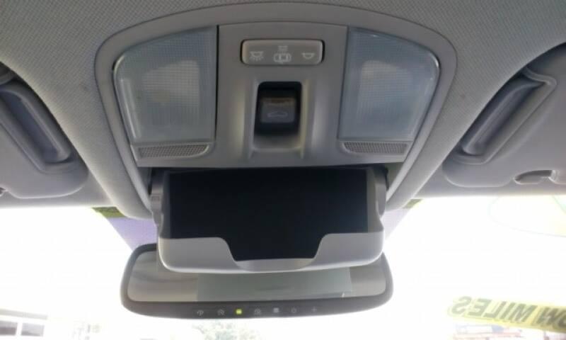 2017 Hyundai Elantra SE - Topeka KS