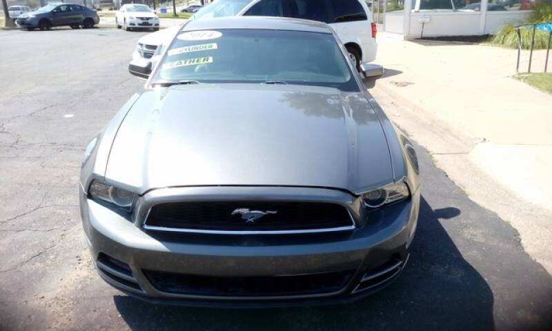 2014 Ford Mustang V6 Coupe - Topeka KS