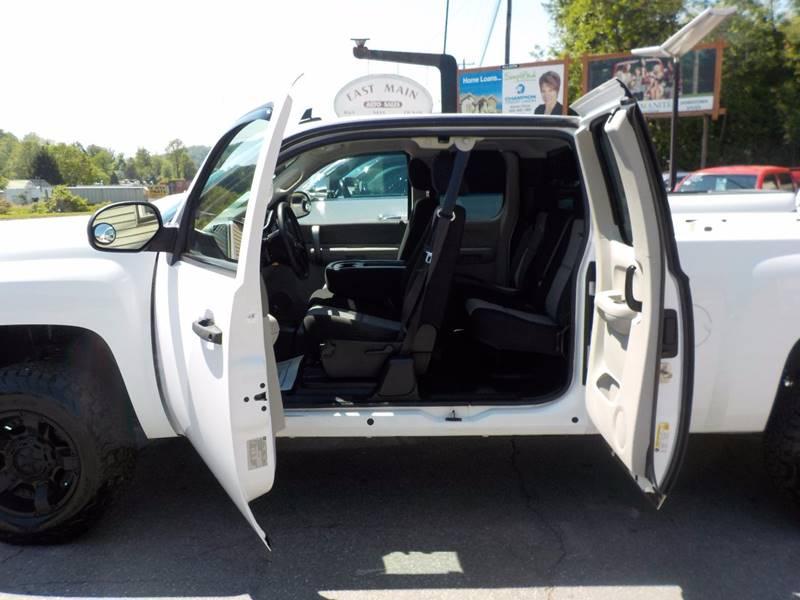 2009 Chevrolet Silverado 1500 4x4 Work Truck 4dr Extended Cab 6.5 ft. SB - Sylva NC