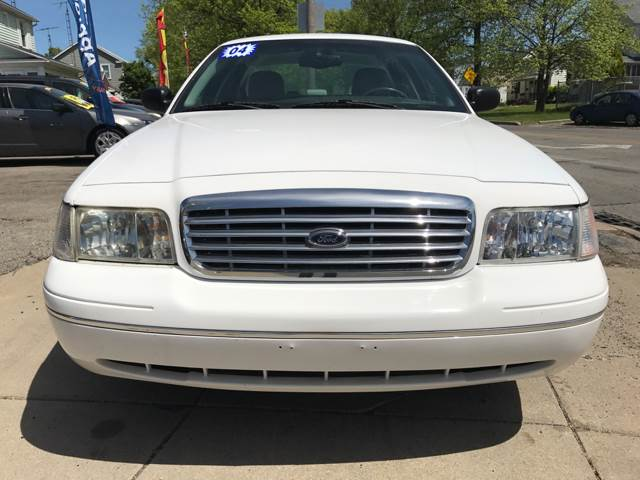 2004 Ford Crown Victoria LX 4dr Sedan - Toledo OH