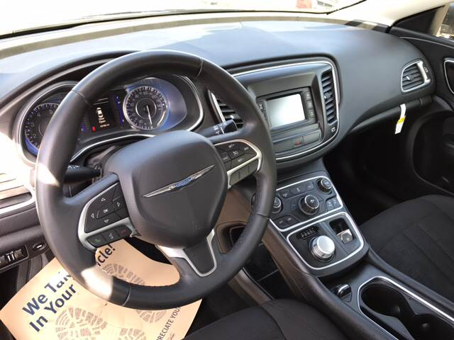 2016 Chrysler 200 Limited Platinum 4dr Sedan - Toledo OH