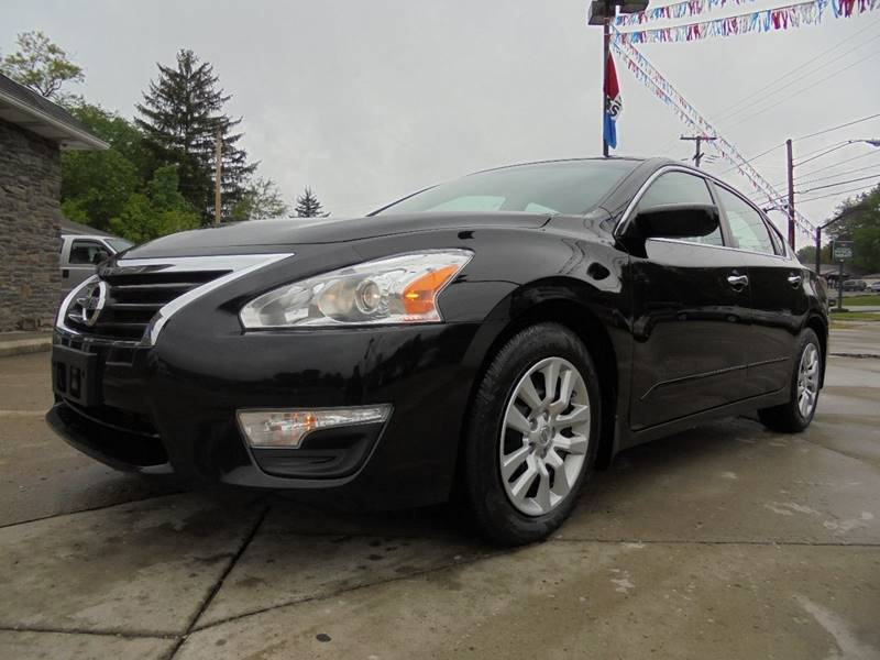 2014 Nissan Altima 2.5 S 4dr Sedan - Cambridge OH