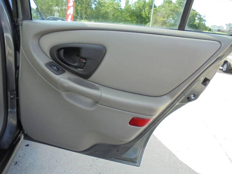 2003 Chevrolet Malibu LS 4dr Sedan - Cambridge OH