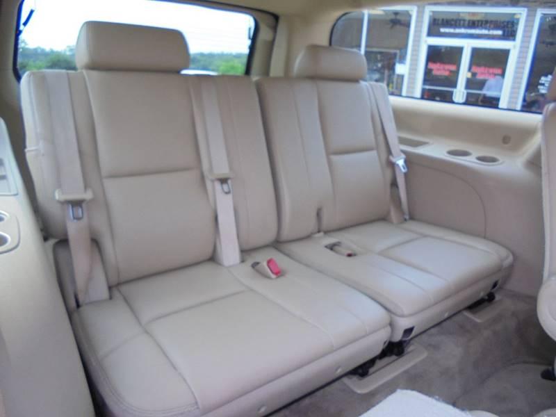 2011 Chevrolet Suburban 4x4 LTZ 1500 4dr SUV - Cambridge OH