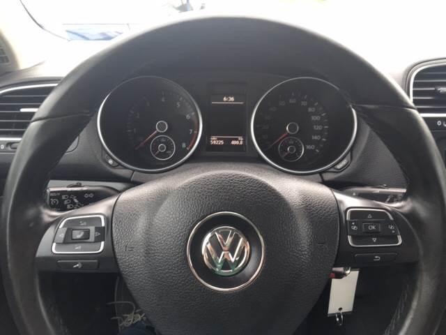 2011 Volkswagen Jetta SportWagen SE PZEV 4dr Wagon - North Weymouth MA