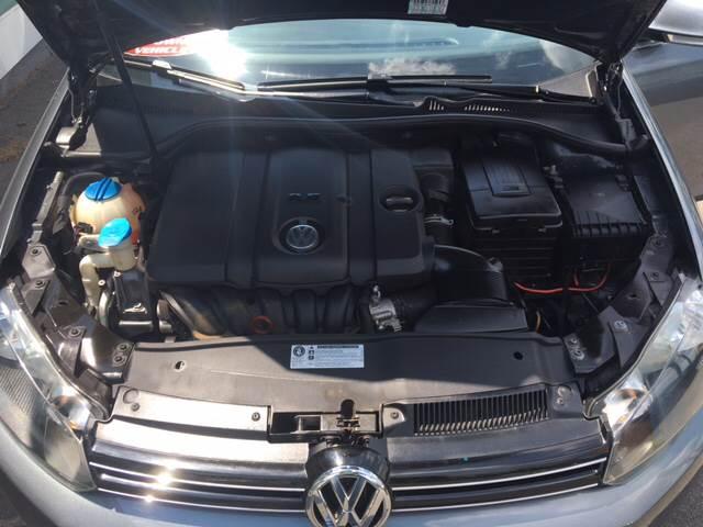 2010 Volkswagen Jetta SportWagen SE PZEV 4dr Wagon - North Weymouth MA