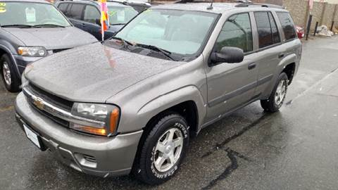2005 Chevrolet TrailBlazer for sale at Howe's Auto Sales in Lowell MA