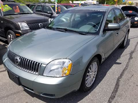 2005 Mercury Montego for sale at Howe's Auto Sales in Lowell MA