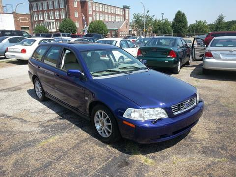2004 Volvo V40 for sale in Saint Louis, MO