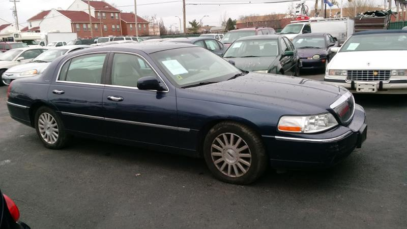 2003 Lincoln Town Car Signature 4dr Sedan In Saint Louis Mo St
