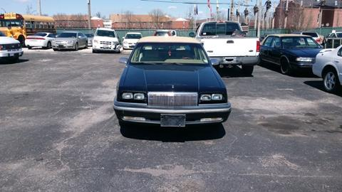 1993 Chrysler New Yorker for sale in Saint Louis, MO