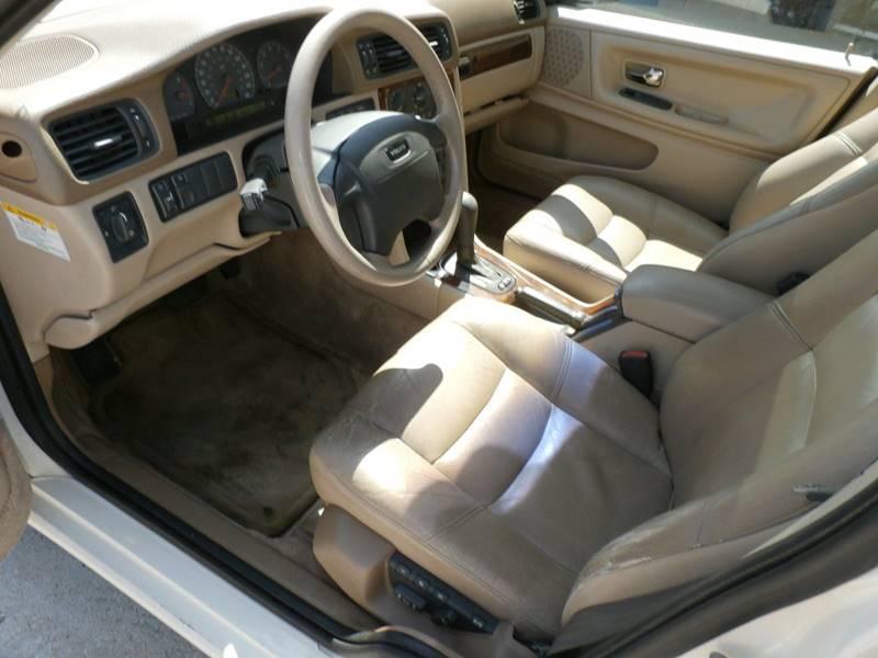 1998 Volvo V70 4dr T5 Turbo Wagon - Hardeeville SC
