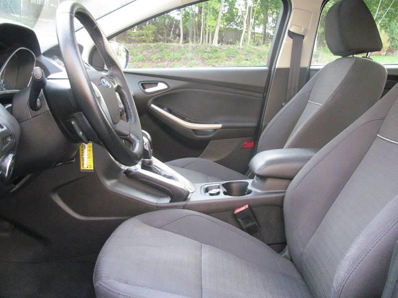 2012 Ford Focus SEL 4dr Sedan - Johnston RI