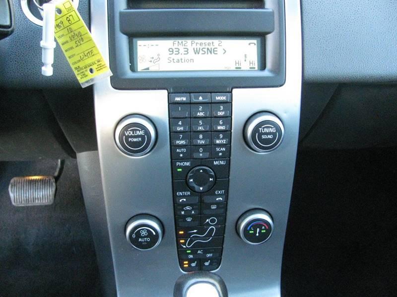 2010 Volvo S40 2.4i 4dr Sedan - Johnston RI