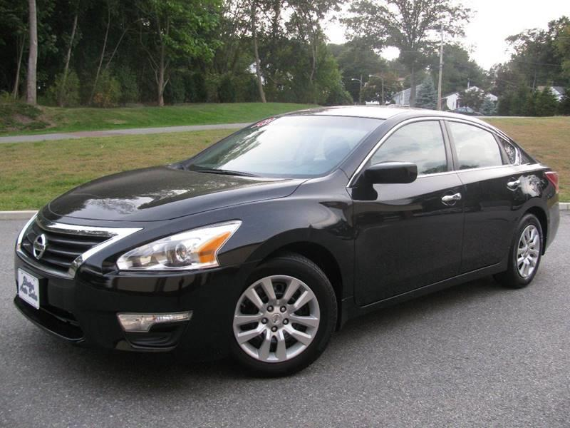 2013 Nissan Altima 2.5 S 4dr Sedan - Johnston RI