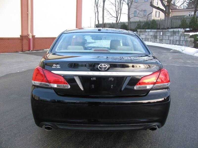 2011 Toyota Avalon Limited 4dr Sedan - Johnston RI