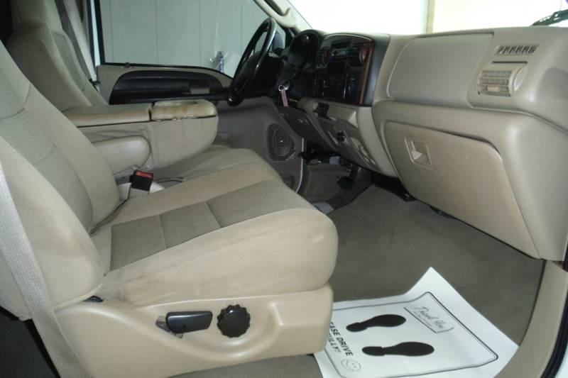 2005 Ford F-250 Super Duty 4dr Crew Cab XLT 4WD SB - Gainesville TX
