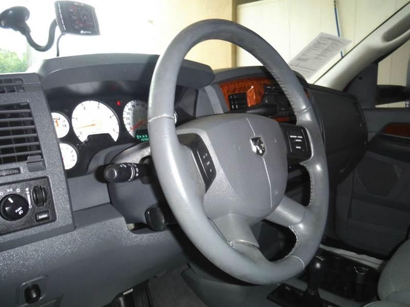 2006 Dodge Ram Pickup 2500 SLT 4dr Quad Cab 4WD SB - Gainesville TX