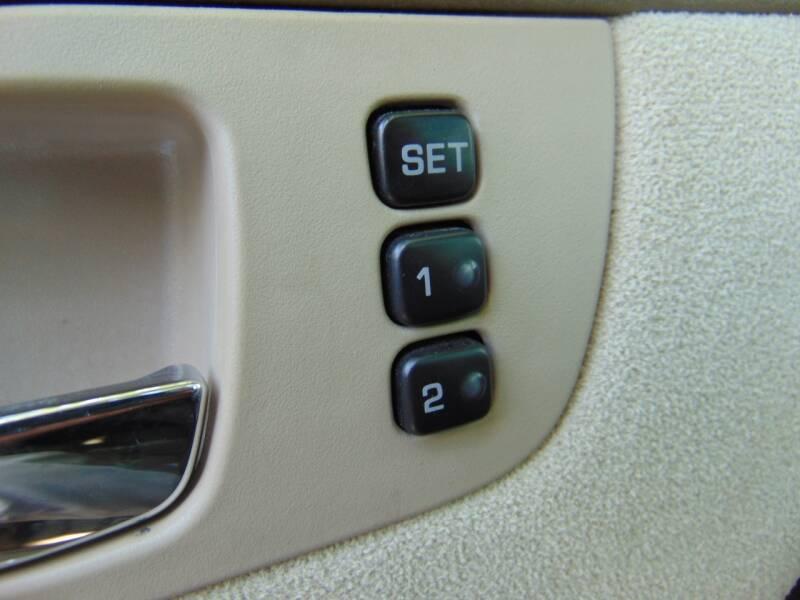 2005 Nissan Maxima 3.5 SL 4dr Sedan - Terre Haute IN