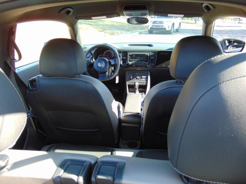 2015 Volkswagen Beetle 1.8T Entry PZEV 2dr Coupe 6A - Terre Haute IN