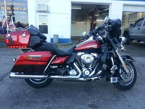 Used Harley Davidson Wheels >> 2013 Harley Davidson Electra Glide For Sale In Michigan City In