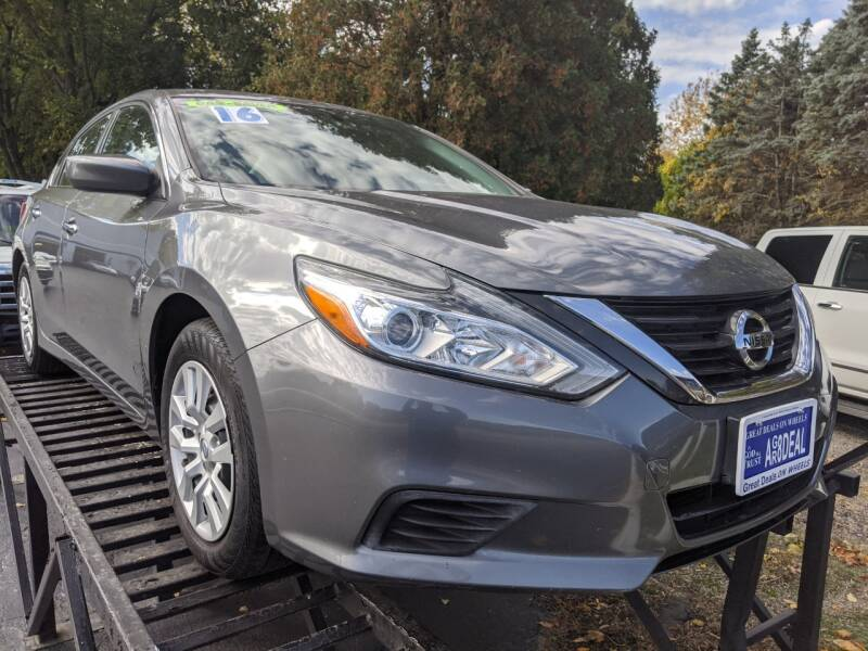 2016 Nissan Altima for sale at GREAT DEALS ON WHEELS in Michigan City IN