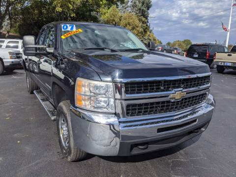 2007 Chevrolet Silverado 2500HD for sale at GREAT DEALS ON WHEELS in Michigan City IN