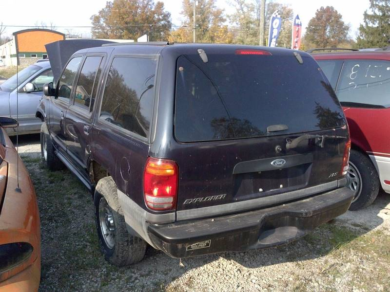 2000 Ford explorer 4x4  - Loveland OH
