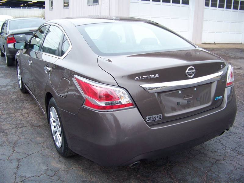 2014 Nissan Altima 2.5 S 4dr Sedan - Danville PA