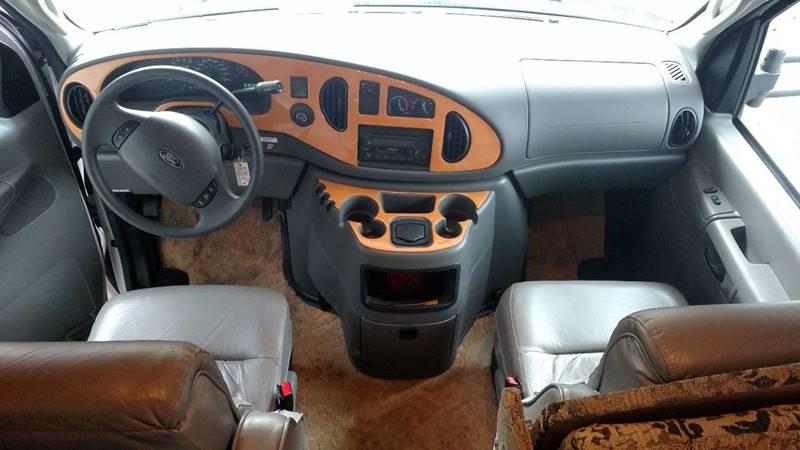 2005 Ford E-450 Santara By Coachman - Waynesburg PA
