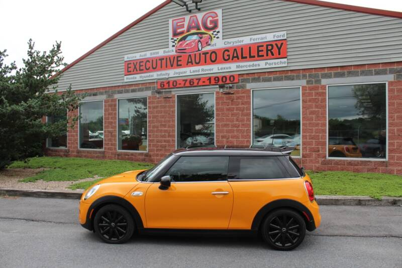 2014 MINI Hardtop for sale at EXECUTIVE AUTO GALLERY INC in Walnutport PA