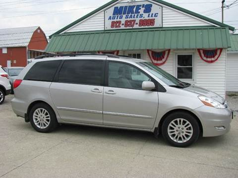 2008 Toyota Sienna for sale in Dale, IN