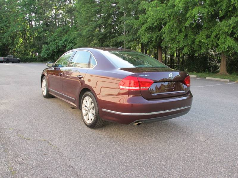 2012 Volkswagen Passat SEL 4dr Sedan 6A w/ Premium Package In