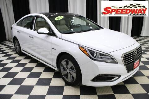 2017 Hyundai Sonata Hybrid for sale at SPEEDWAY AUTO MALL INC in Machesney Park IL